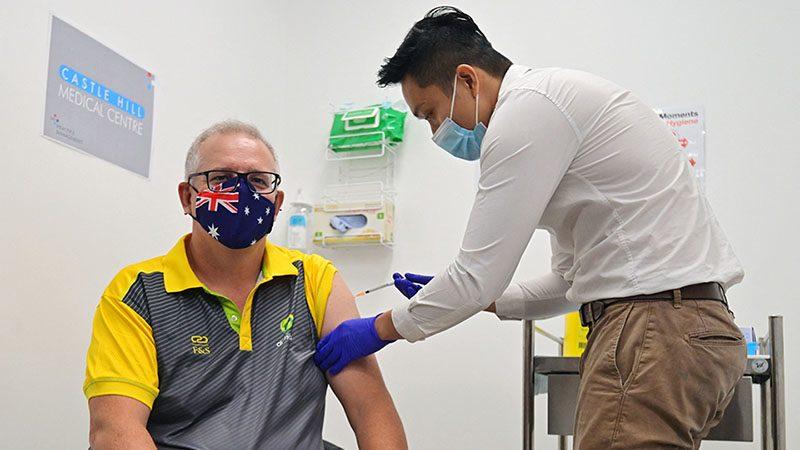 ออสซี่เริ่มฉีดวัคซีนต้านโควิด นายกรัฐมนตรีนำร่อง รณรงค์คนรับวัคซีน