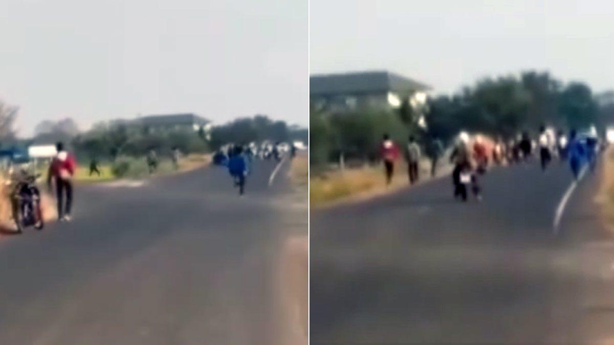 นักเรียนนักเลง โจ๋กว่า50คน พร้อมอาวุธครบมือ เปิดศึกยกพวกตีกัน กลางถนน