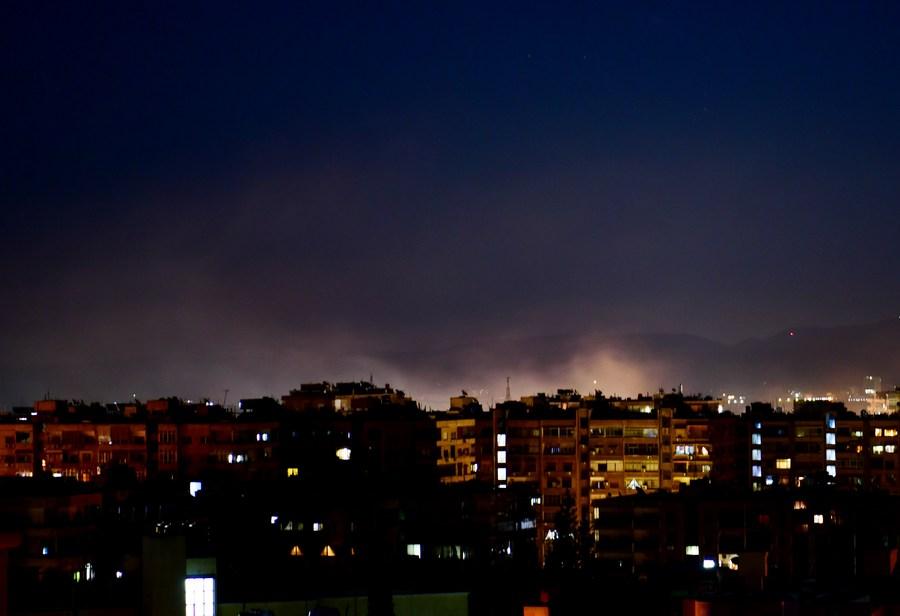 'อิสราเอล' โจมตีพื้นที่ใกล้เมืองหลวง 'ซีเรีย'