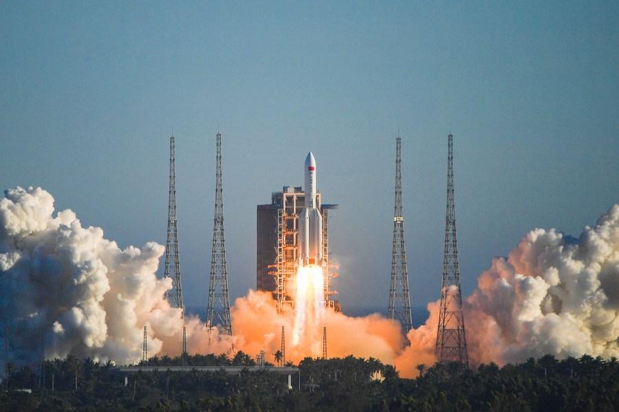 จีนทดสอบ 'เครื่องยนต์จรวดแรงขับสูง' พัฒนาเอง เตรียมใช้หนุนภารกิจสถานีอวกาศ