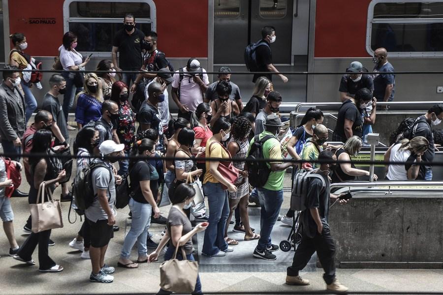 บราซิลเผย 'ยอดดับโควิด-19' เพิ่มสูงเป็นประวัติการณ์สองวันติด