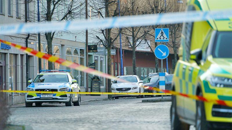 """เร่งสอบปมก่อการร้าย! หนุ่ม """"ตระเวนแทง"""" ทั่วเมืองสวีเดน-บาดเจ็บอื้อ"""