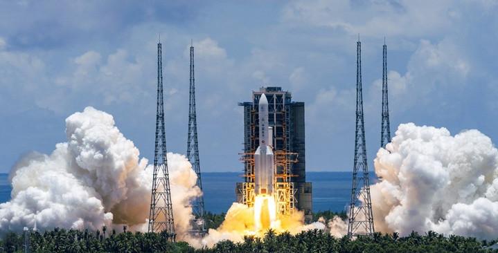 จีนจัดทัพจรวดขนส่ง 'ลองมาร์ช' หนุนก่อสร้างสถานีอวกาศของชาติ