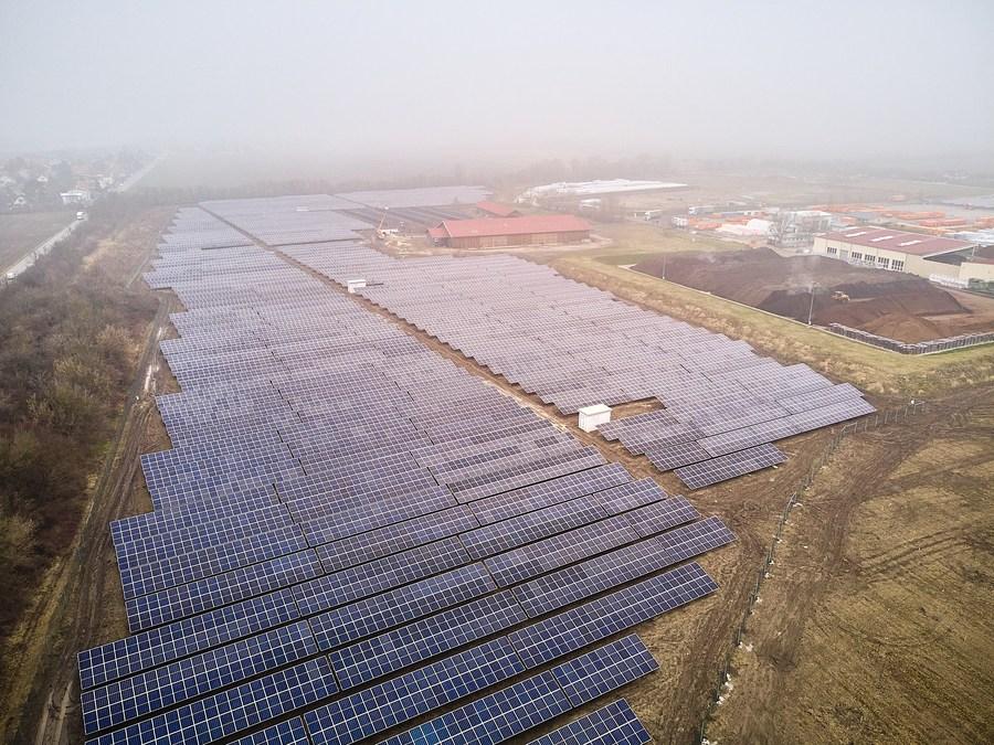 เวียนนาเปิด 'ฟาร์มโซลาร์เซลล์' จ่ายไฟฟ้า 4,900 ครัวเรือน