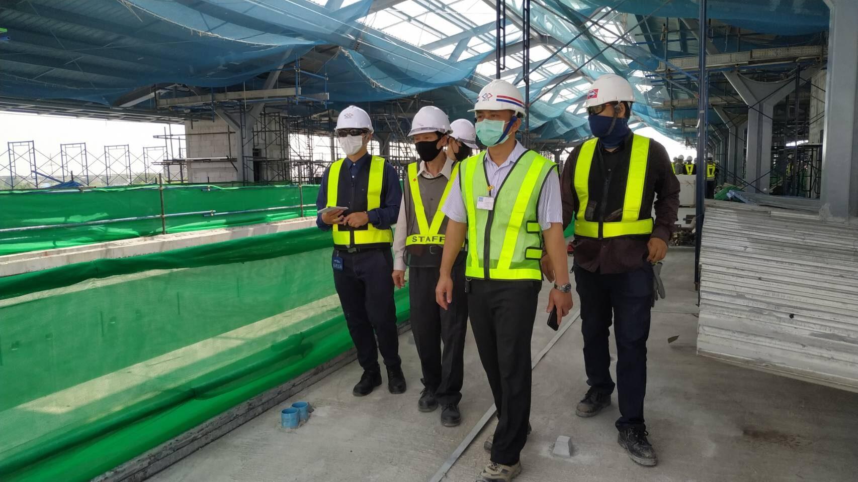 รฟม.คุมเข้มความปลอดภัยก่อสร้างรถไฟฟ้าสีชมพู สกัดอุปกรณ์ร่วงหล่นพื้นถนน