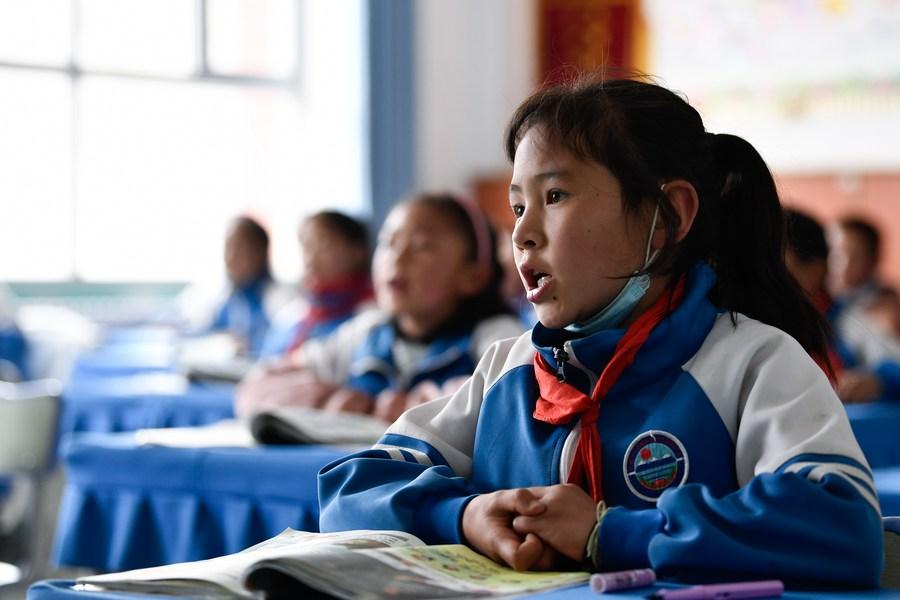สำรวจพบ 'ผู้ปกครองจีน' หนุนมาตรการ 'ลดการบ้าน-ลดเรียนพิเศษ'