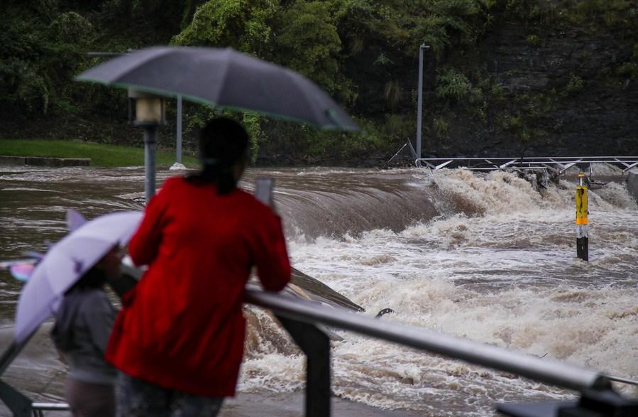 ชาวออสเตรเลียเรือนหมื่นอพยพหนี 'น้ำท่วมใหญ่' ในนิวเซาท์เวลส์