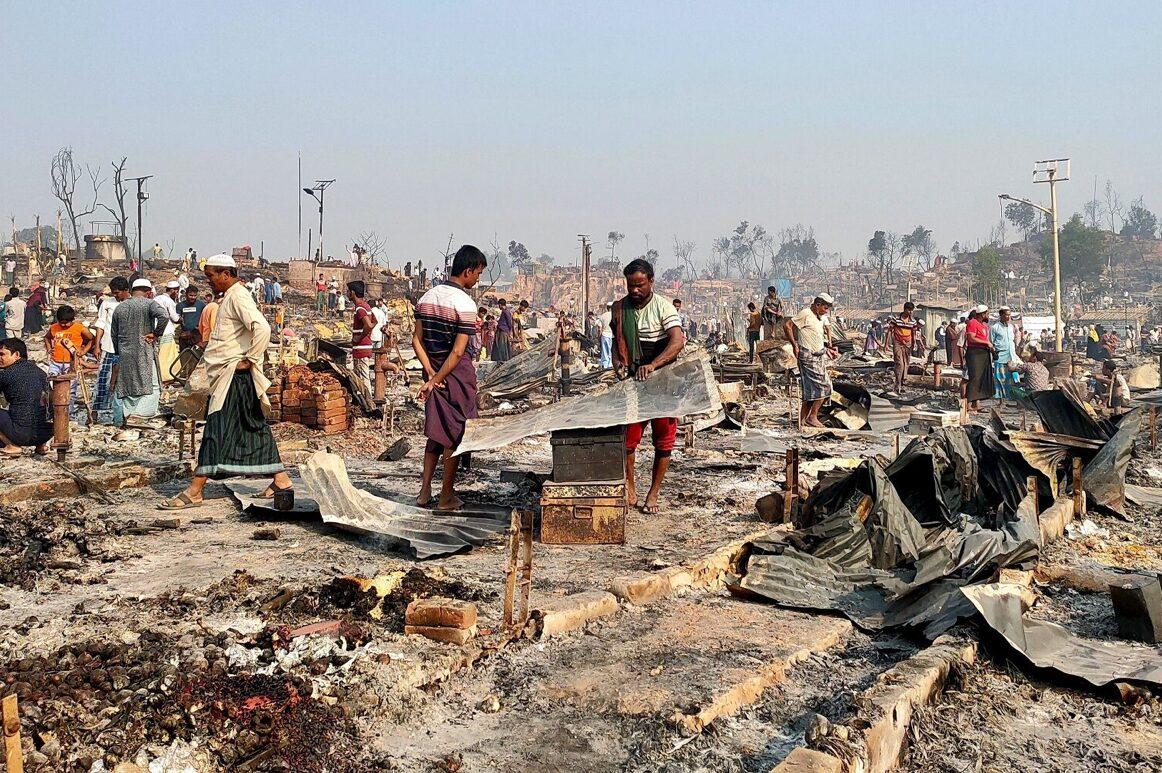 โรฮีนจาสูญหายกว่า 400 ตาย 15 หลังเพลิงไหม้ค่ายผู้อพยพในบังกลาเทศ