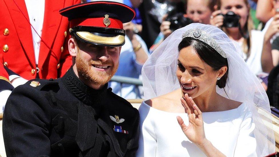 ราชวงศ์อังกฤษ: ผู้นำคริสตจักรแห่งอังกฤษชี้ แฮร์รี-เมแกน แต่งงานตามกฎหมายในพิธีที่วินด์เซอร์