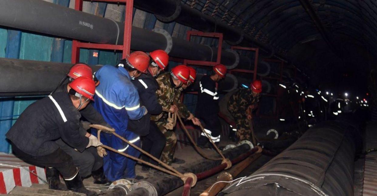 จีนเร่งช่วย 21 คนงานเหมืองใต้ดิน หลังน้ำท่วมฉับพลันในซินเจียง