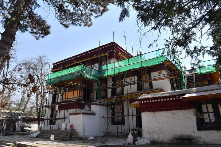 จีนทุ่มกว่า 38 ล้านหยวน บูรณะ 'อดีตที่พำนักองค์ทะไลลามะ' ในทิเบต