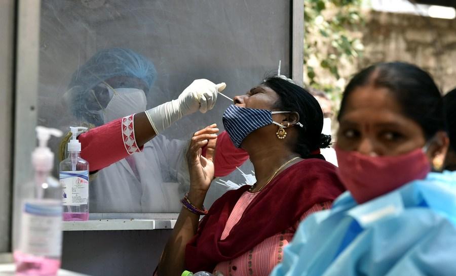 อินเดียป่วยโควิด-19 เพิ่มกว่า 3.66 แสนราย
