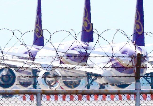 """ฟื้นฟู """"การบินไทย"""" หวนคืนรัฐวิสาหกิจ ไปต่อหรือชะลอ"""