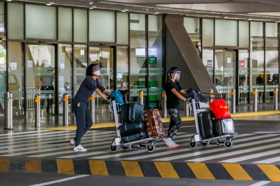 'ฟิลิปปินส์' ต่อเวลาแบนนักเดินทางจาก 7 ประเทศ สกัดโควิด-19