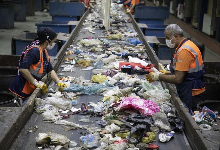 ส่องโรงงาน 'รีไซเคิล-ผลิตปุ๋ยหมัก' จากขยะของอิสตันบูล