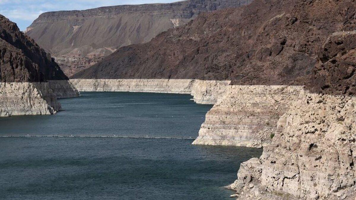 อ่างเก็บน้ำเบอร์หนึ่งสหรัฐ มีระดับน้ำลดลงต่ำสุดเป็นประวัติการณ์