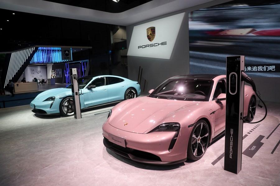 'ปอร์เช' เตรียมเรียกคืนรถยนต์ในจีนกว่า 1,500 คัน