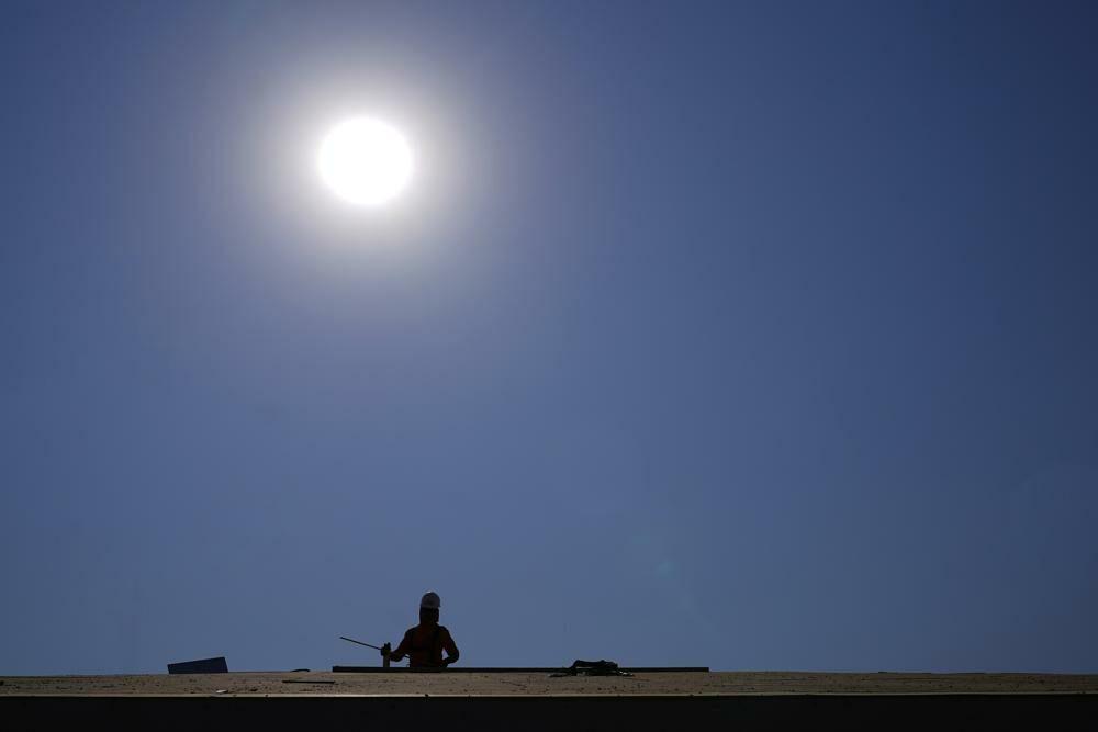 มะกันเจอคลื่นความร้อนถล่ม แคลิฟอร์เนียประกาศภาวะฉุกเฉิน หลังอุณหภูมิทะลุ 54 เซลเซียส