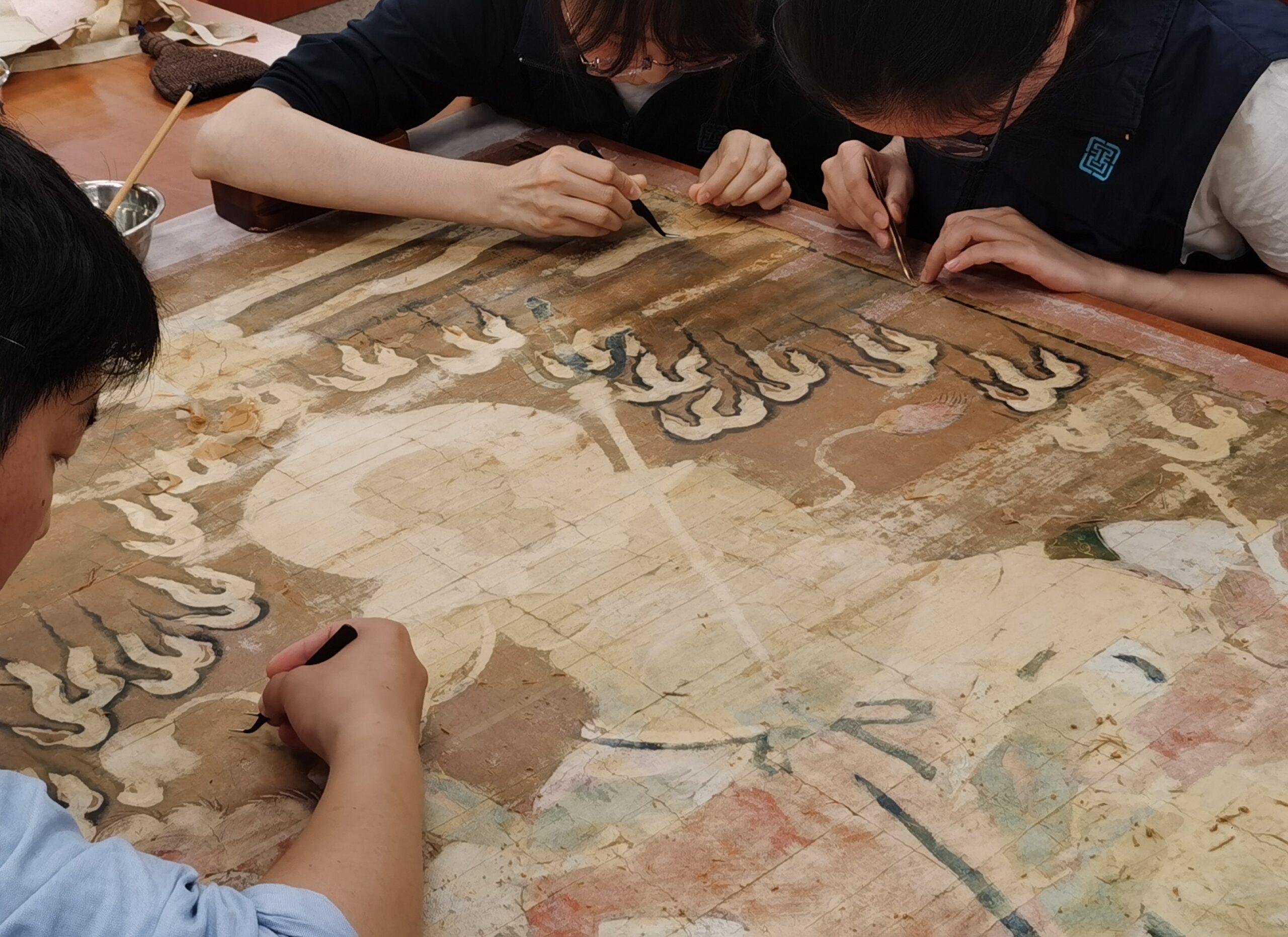 หอสมุดแห่งชาติจีนเดินหน้าบูรณะ 'หนังสือโบราณ'