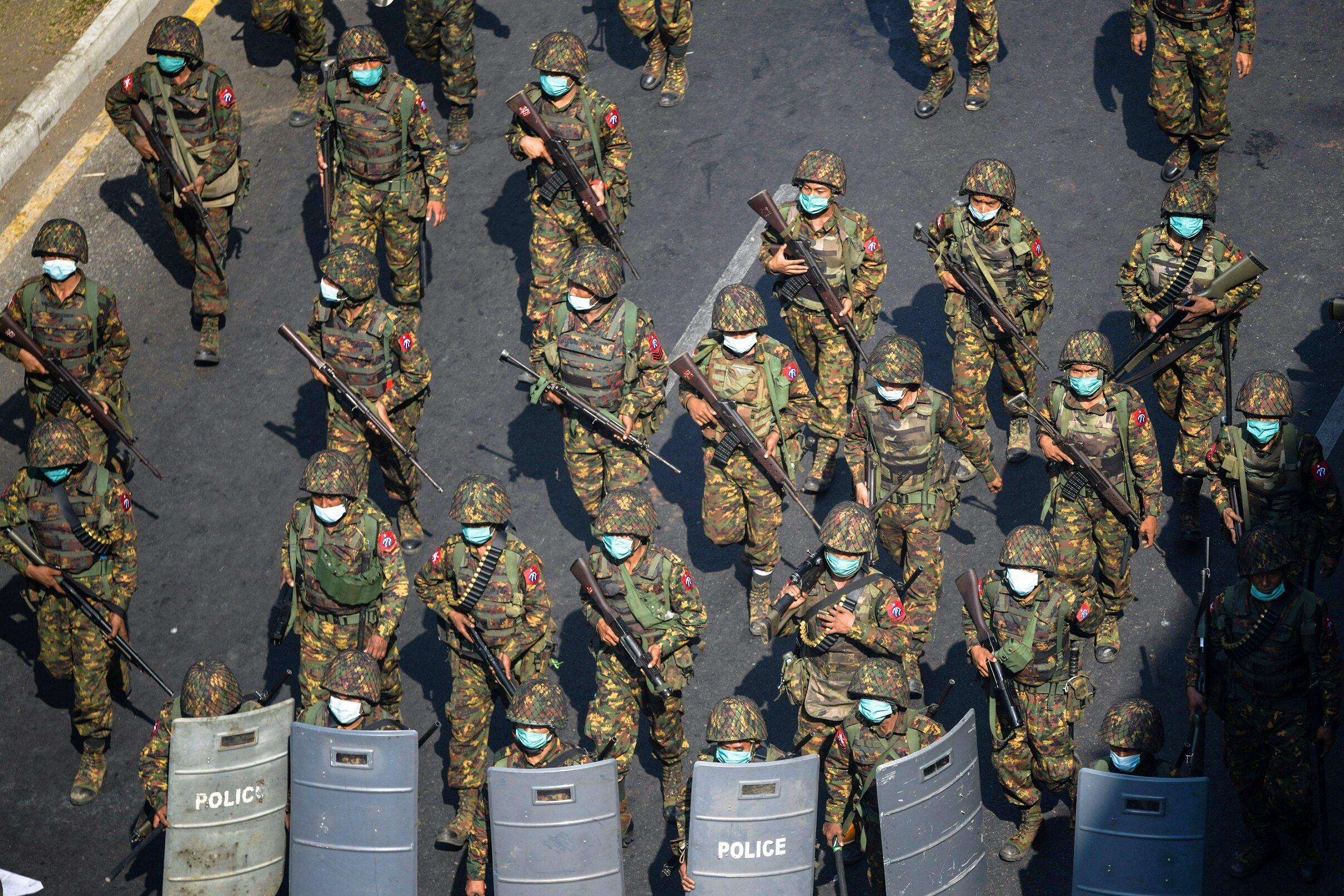 เมียนมาเล็งตั้งกองกำลังติดอาวุธประจำหมู่บ้าน รับมือกลุ่มต้านรัฐบาลทหาร