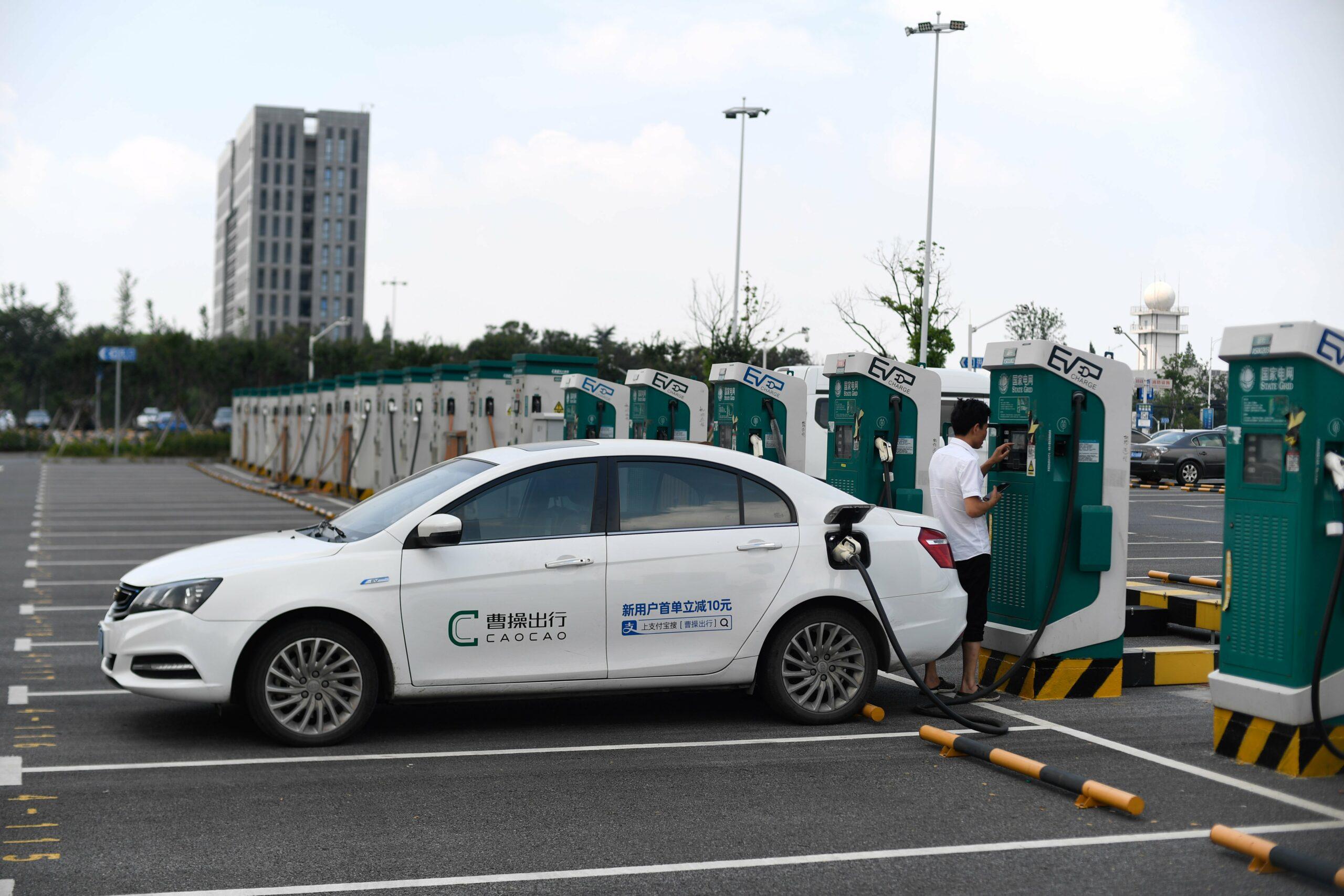 ยอดกรรมสิทธิ์ 'รถยนต์ไฟฟ้า' ในจีน ครองสัดส่วนครึ่งหนึ่งของโลก