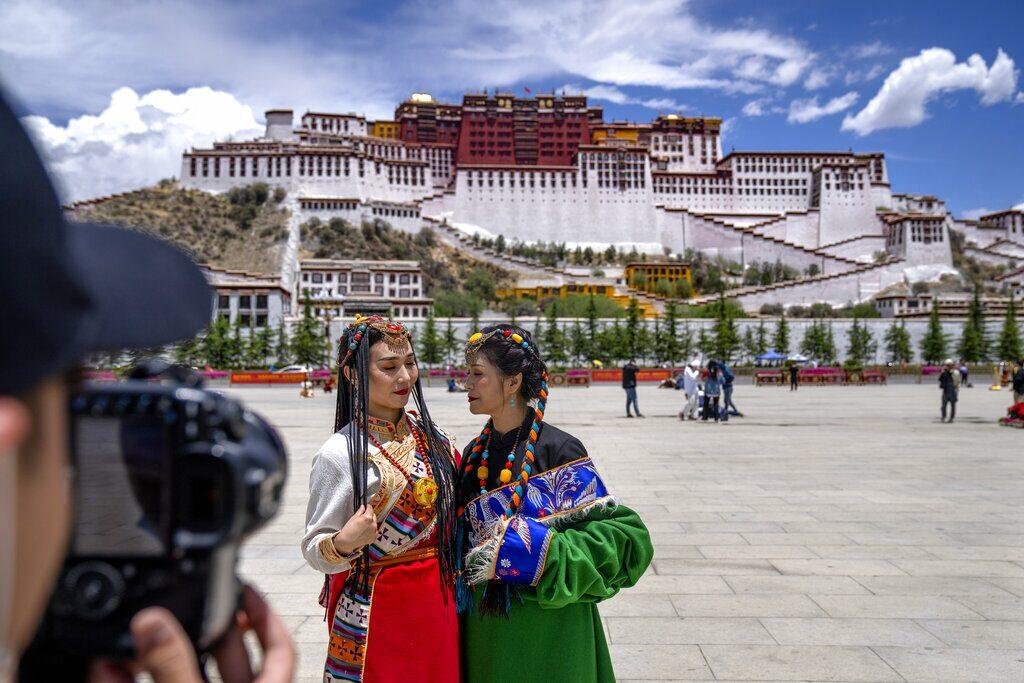 จีนแห่เที่ยวทิเบต สะเทือนแหล่งวัฒนธรรม เติบโตอย่างน่าหวั่นใจ
