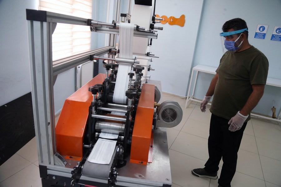 ส่องโรงงานผลิต 'หน้ากากอนามัย' ในตุรกี