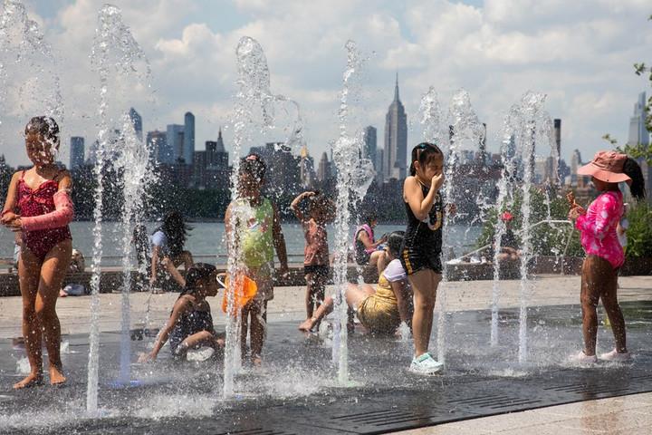 'คลื่นความร้อน' ถล่มแคนาดา-สหรัฐฯ ยอดดับพุ่งสูงขึ้น