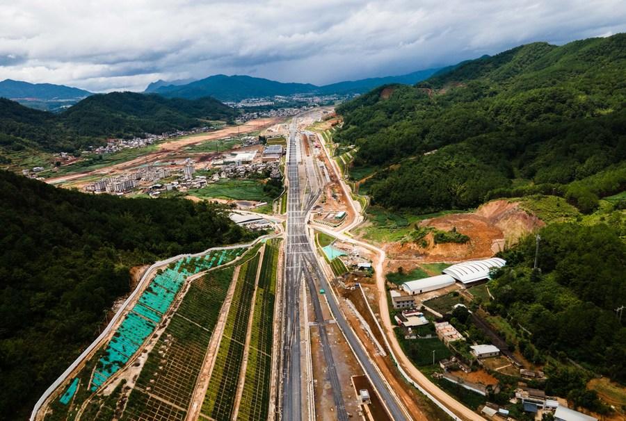 ยูนนานสร้าง 'ทางรถไฟจีน-ลาว' คืบหน้า