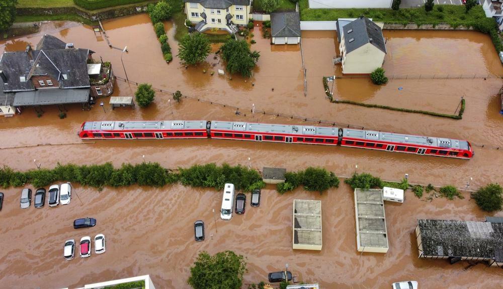 'เบลเยี่ยม-เยอรมนี' อ่วม เจอน้ำท่วมหนัก ตายกว่า 70 สูญหายเพียบ (ภาพชุด)