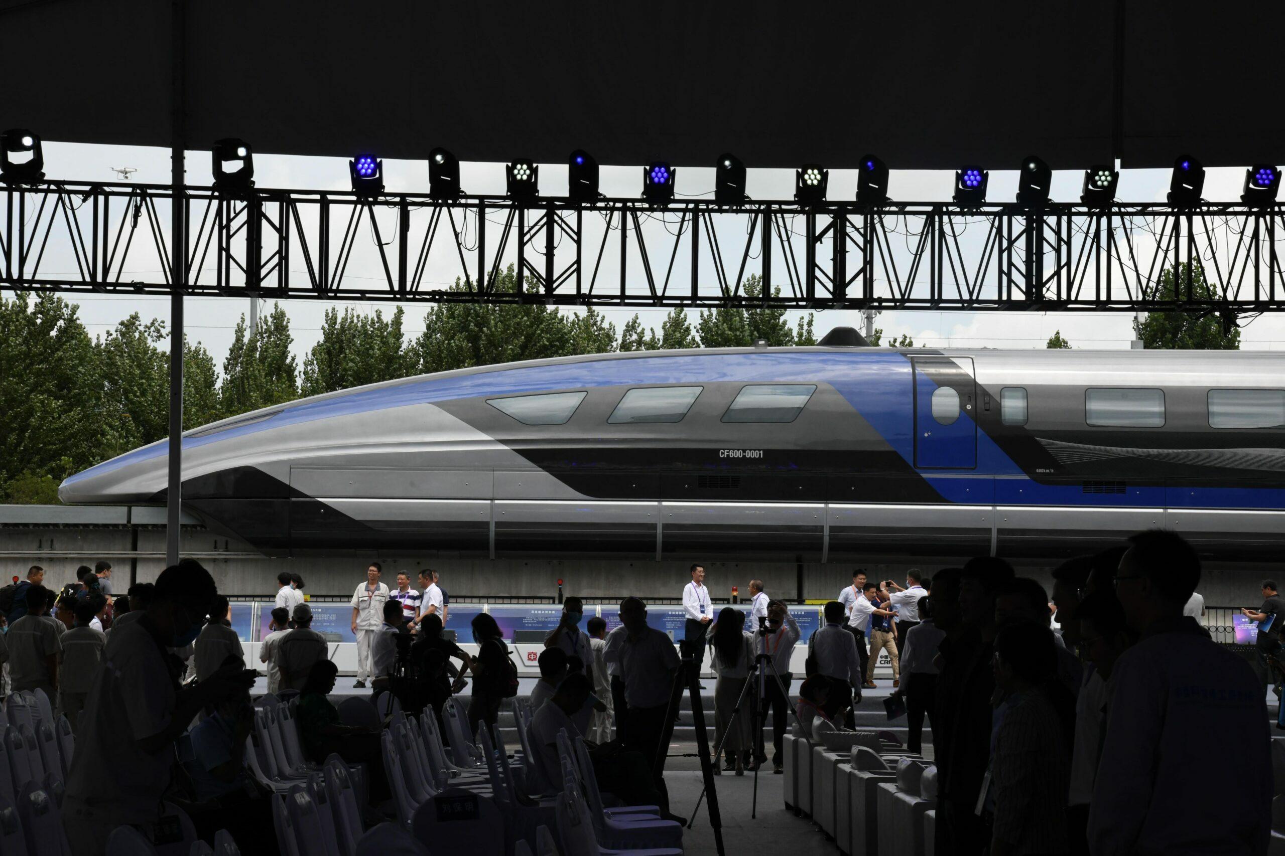 เปิดตัวรถไฟแม็กเลฟ เร็วสุดในโลก 600 ก.ม.ต่อช.ม. จีนผงาดอีกแล้ว