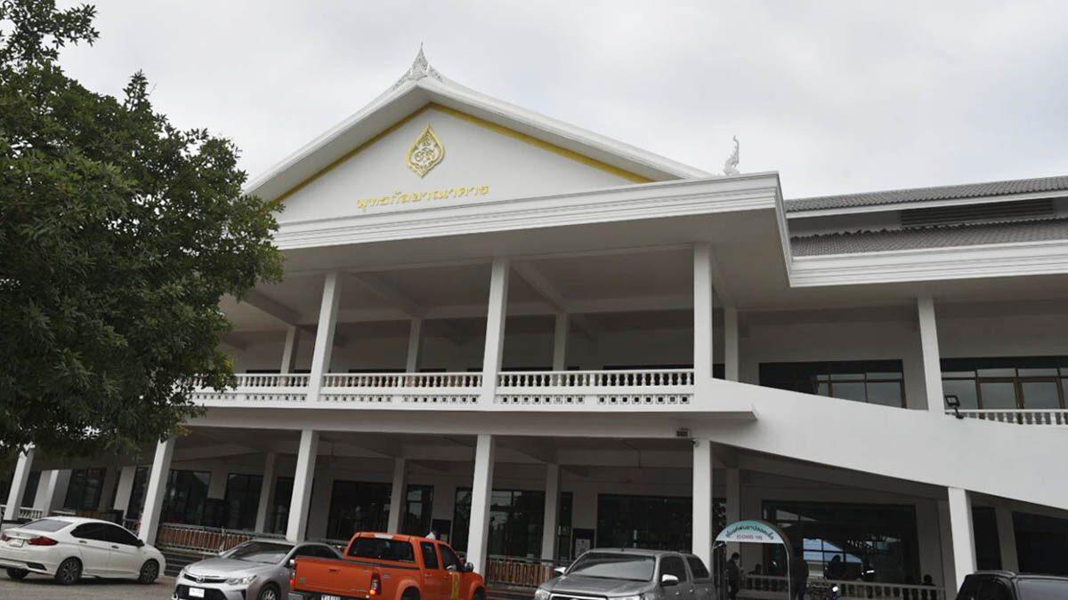 ป่วยพุ่ง! ราชบุรี จ่อตั้ง รพ.สนาม แห่งที่ 8 ในวัดเขาวัง หลังเตียงใกล้เต็ม วันนี้ติดอีก 137