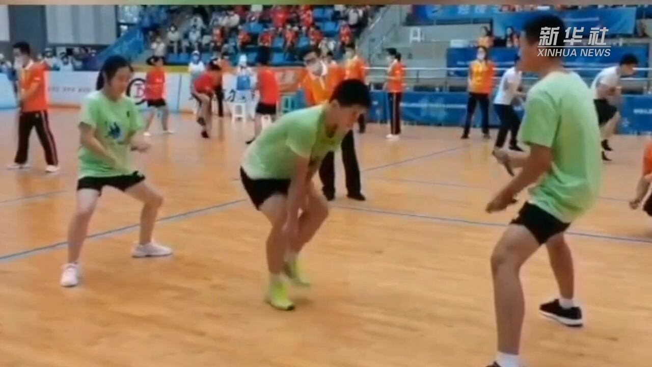 30 วินาที 144 ครั้ง! เด็กจีนเท้าไฟกระโดดเชือกทุบสถิติโลกอีกครั้ง