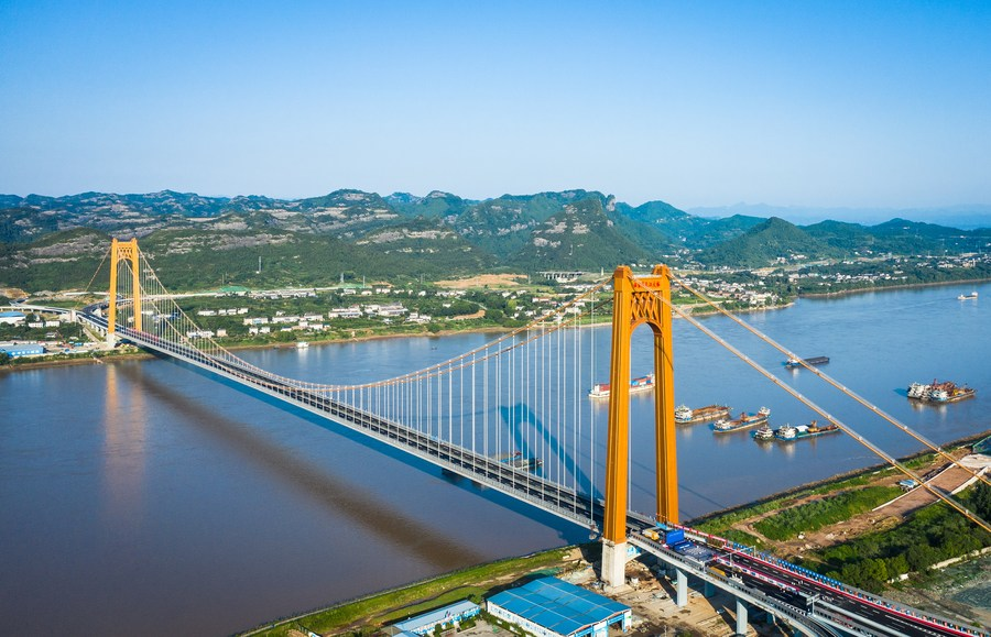 หูเป่ยทดลองใช้ 'อู่เจียกั่ง' สะพานข้ามแยงซีแห่งใหม่