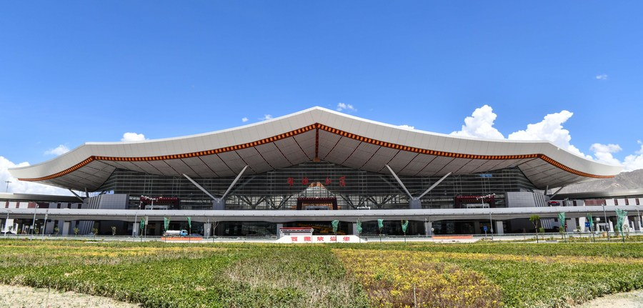อาคารผู้โดยสารหลังใหญ่สุดของ 'สนามบินทิเบต' เปิดให้บริการแล้ว