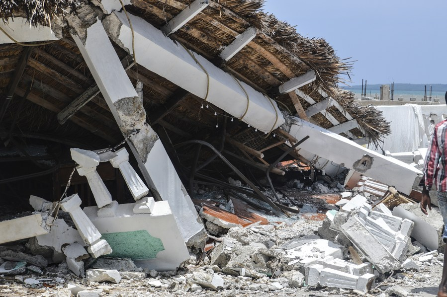 เหตุแผ่นดินไหวเขย่า 'เฮติ' ทำบ้านเรือนเสียหายหนัก
