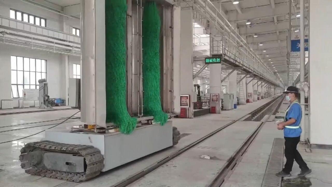 10 นาทีเสร็จ! ซินเจียงพัฒนา 'เครื่องล้างรถไฟ' ทุ่นแรง-ลดต้นทุน