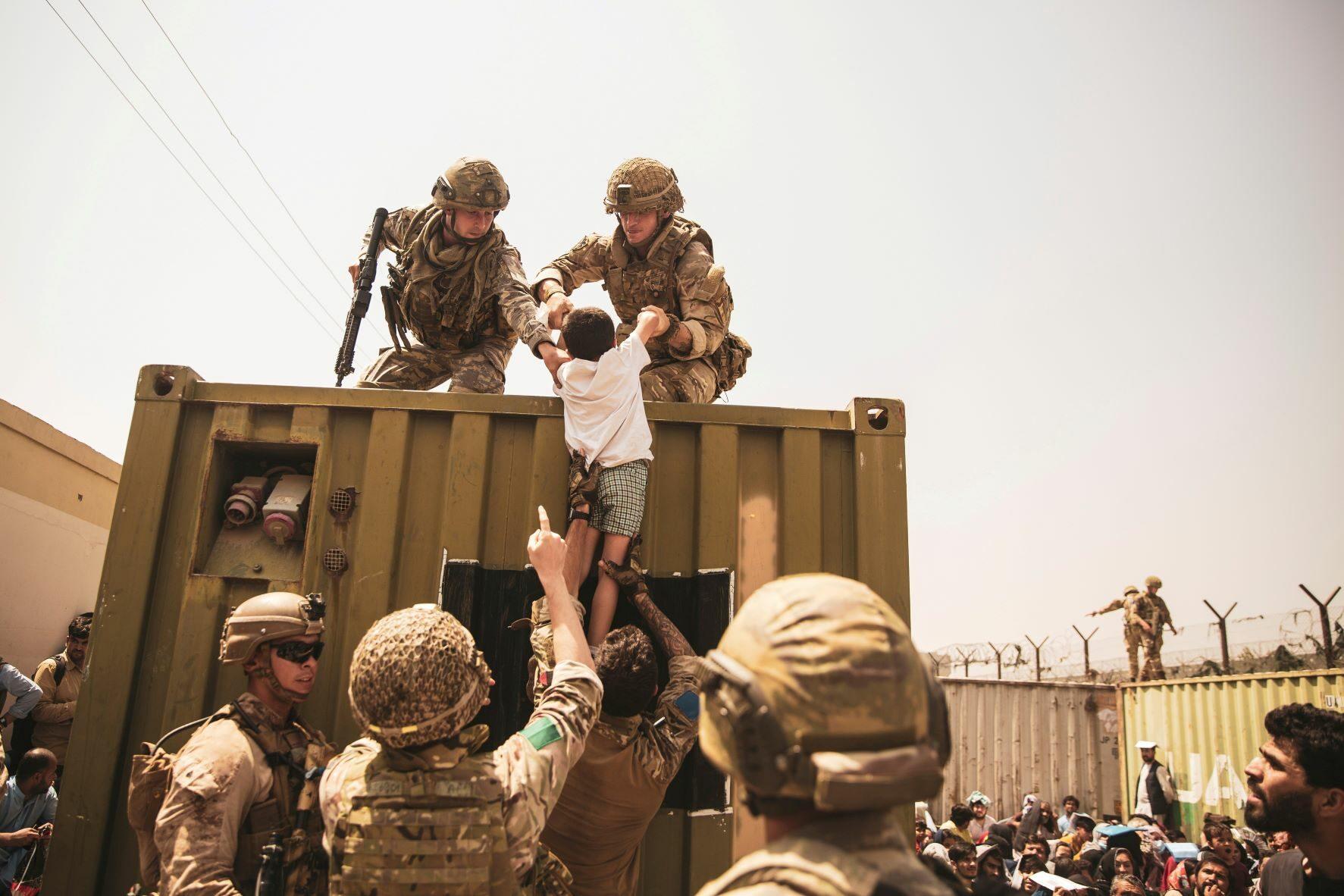 อังกฤษลั่นยุติอพยพพลเรือนพ้นอัฟกานิสถานวันนี้(28 ส.ค.) เศร้าพาไปไม่ได้ทุกคน!