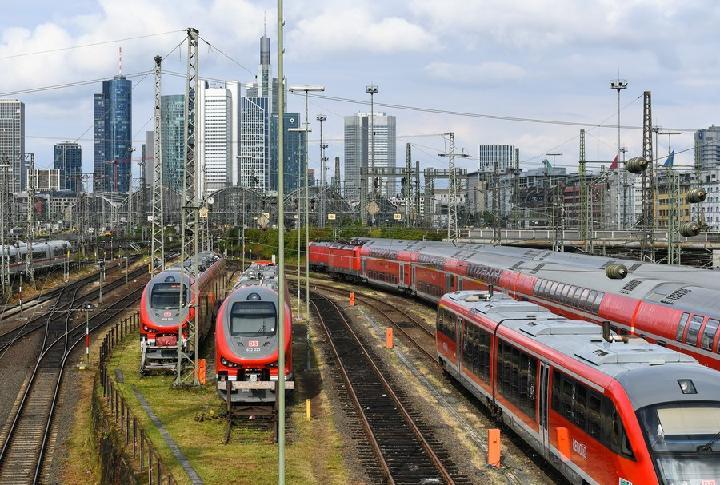บริการรถไฟ 'เยอรมนี' ชะงัก หลังนัดหยุดงานประท้วง 6 วัน