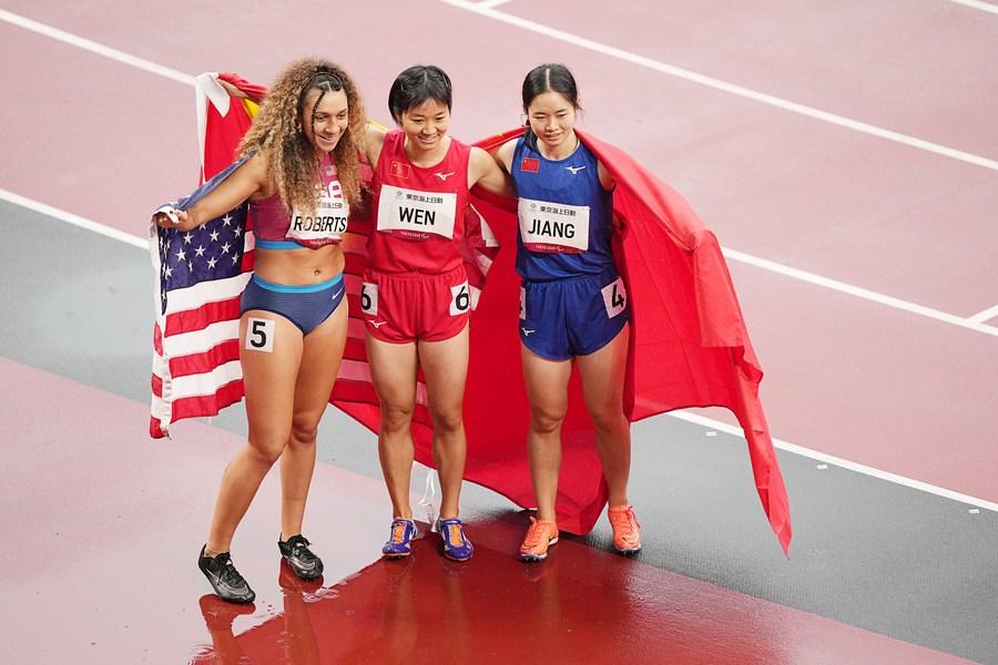 จีนคว้า 2 เหรียญ 'วิ่ง 100 เมตรหญิง' T37 พาราลิมปิกเกมส์