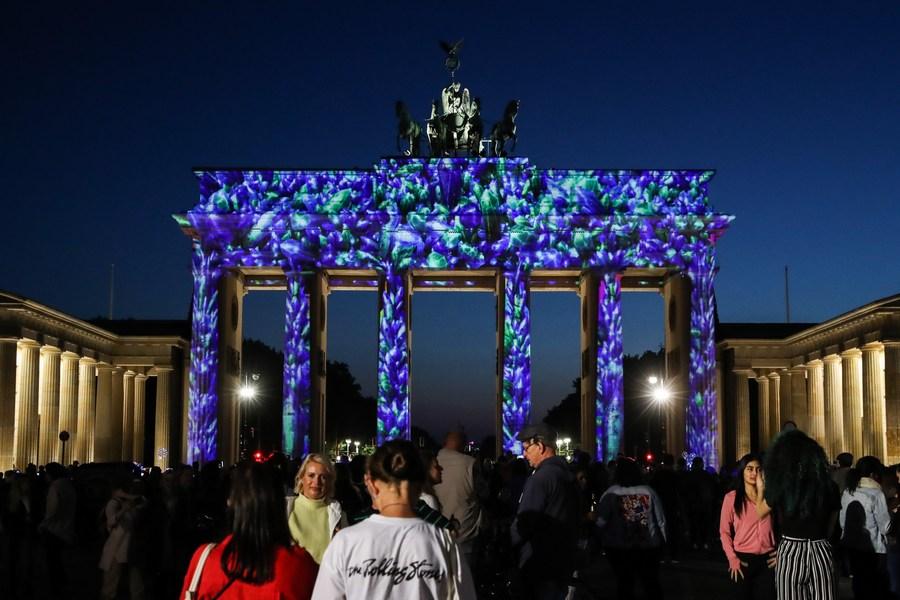 ตระการตา! เบอร์ลินเปิดฉาก 'เทศกาลแห่งแสงสี' ประจำปี 2021