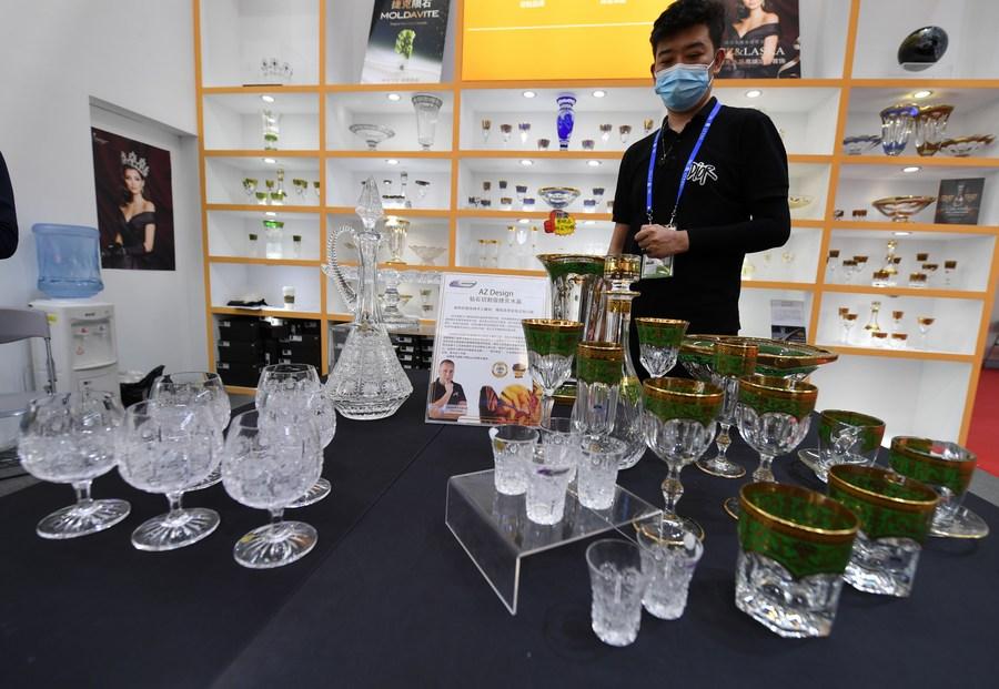 เยือนมหกรรมแสดงสินค้า 'จีน-อาเซียน' ในหนานหนิง