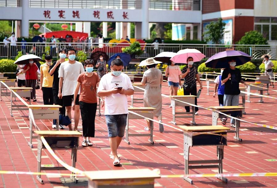 จีนระงับ 'ท่องเที่ยวหมู่คณะ' ในมณฑลเสี่ยงโควิด-19 ปานกลาง-สูง