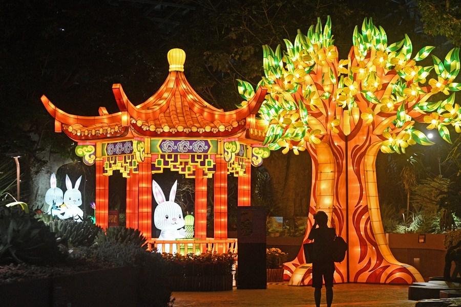 สิงคโปร์ประดับโคมเตรียมฉลอง 'เทศกาลไหว้พระจันทร์'