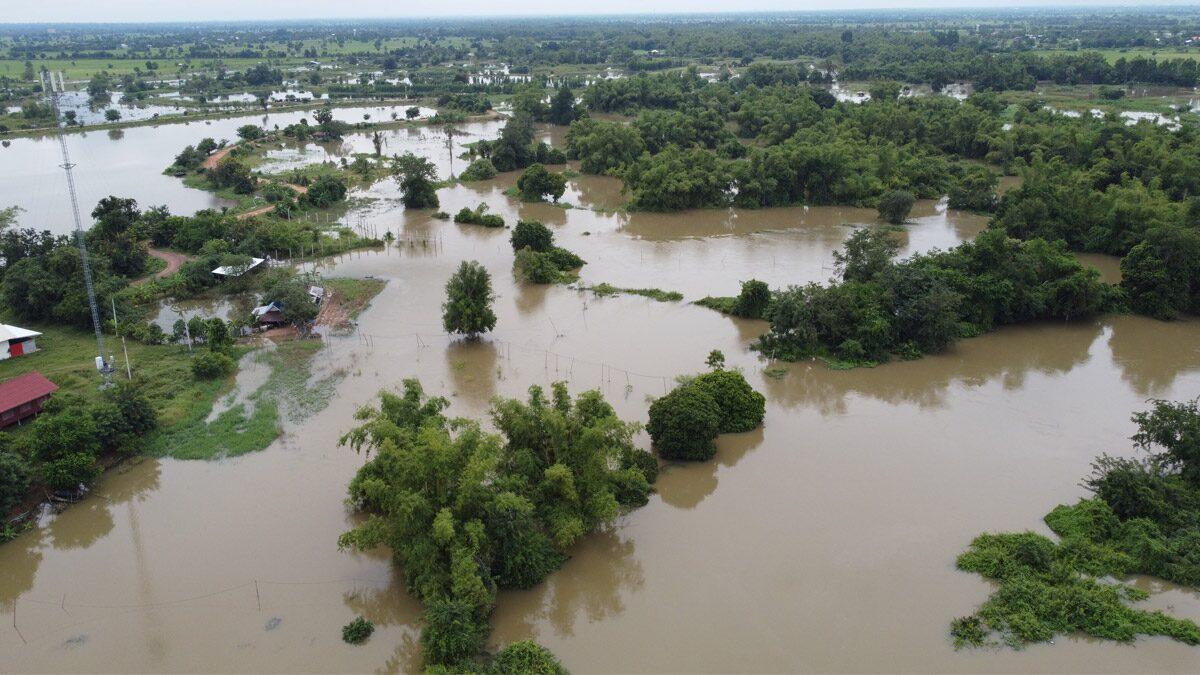 โนนสูงอ่วม! น้ำลำมูลเอ่อท่วมบ้าน-วัด ชาวนาช้ำ นาข้าวเสียหายเพียบ อาจสูงขึ้นอีก