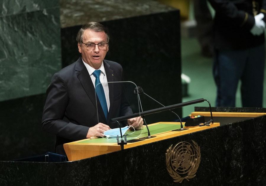 ผู้นำบราซิล 'กักตัว' หลังใกล้ชิดรัฐมนตรีป่วยโควิด-19