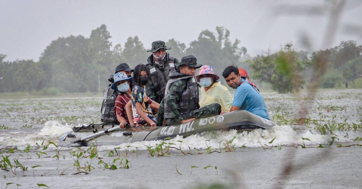 'นายกฯ' สั่งเหล่าทัพระดมกำลังพล ยุทโธปกรณ์ ช่วย ปชช.ที่ได้รับผลกระทบพายุ 'เตี้ยนหมู่' เต็มกำลังทุกพื้นที่