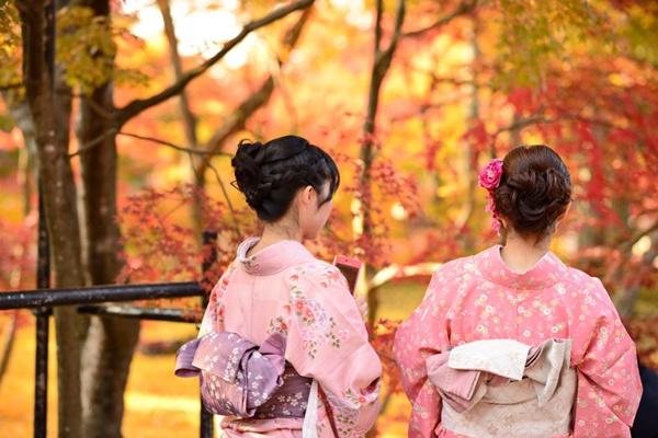 Kimono_Sean Pavone_Shutterstock.com