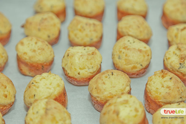 12.Baked cheese puffs