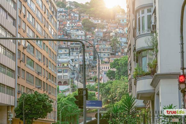 Rio de Janeiro downtown and favela 04